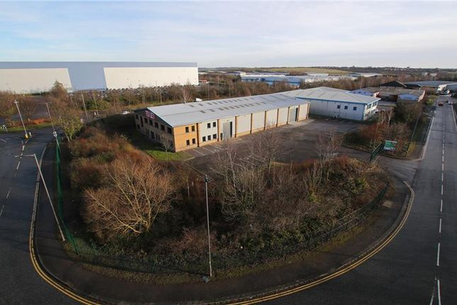 Light industrial to let in Unit 6, Farfield Park, Manvers, Rotherham, South Yorkshire