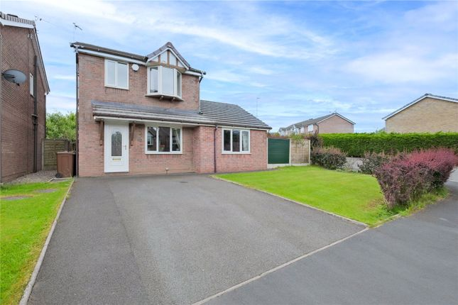 4 bed detached house for sale in Tarn Avenue, Clayton Le Moors, Accrington BB5