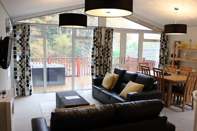 Thumbnail Lodge for sale in Hilton Woods, Whitstone, Holsworthy