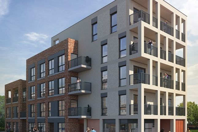 Thumbnail Flat for sale in Leytonstone Road, London