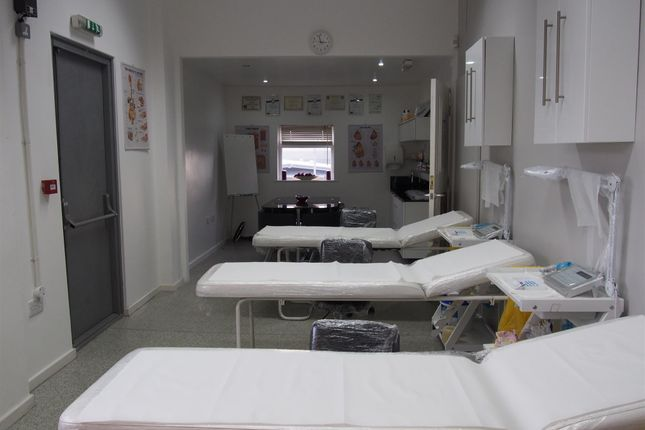 Retail premises for sale in Beauty, Therapy & Tanning BD4, West Yorkshire