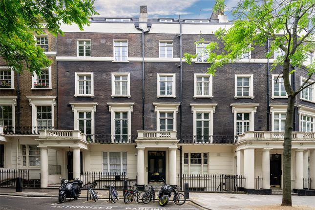 Thumbnail Flat for sale in Sussex Gardens, Lancaster Gate, London