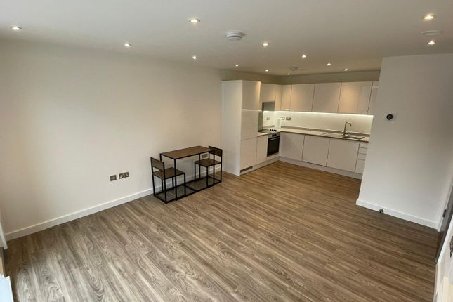 Thumbnail Flat to rent in Robinson Way, Chester