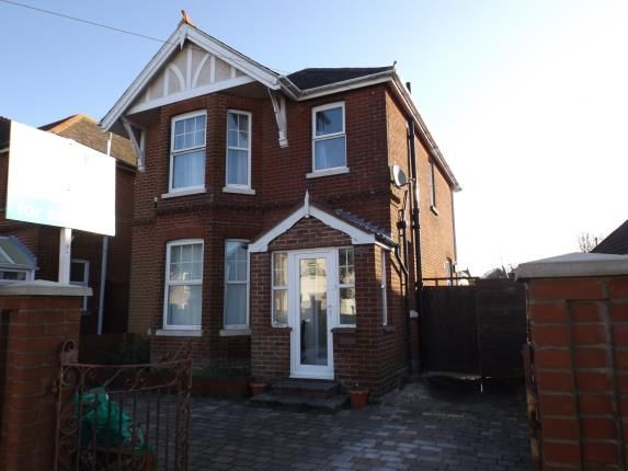 Thumbnail Detached house for sale in Victoria Crescent, Ryde