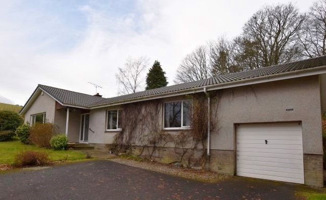 Thumbnail Detached bungalow for sale in Duncrievie Rd, Glenfarg