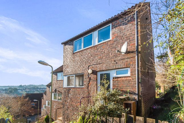 Farm hill exeter ex4 3 bedroom end terrace house for for Terrace exeter
