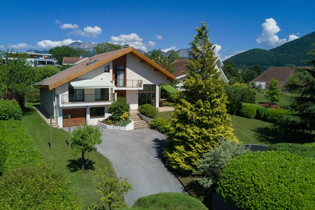 Properties for sale in annecy le vieux commune annecy for Top garage annecy