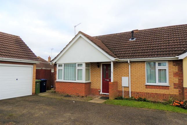 Thumbnail Bungalow to rent in New Drove, Wisbech