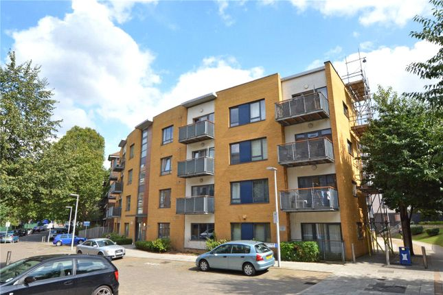 3 bed flat for sale in Little Cottage Place, Greenwich, London SE10