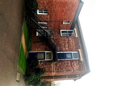 Thumbnail Flat to rent in Irthlingborough Road, Wellingborough