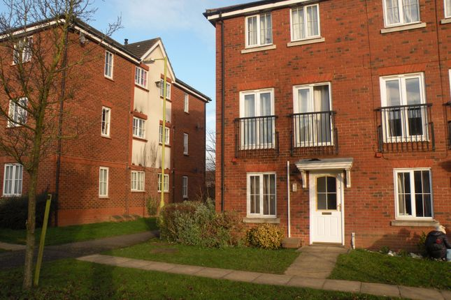 Thumbnail Town house for sale in Cunningham Avenue, Hatfield, Herts, Hatfield