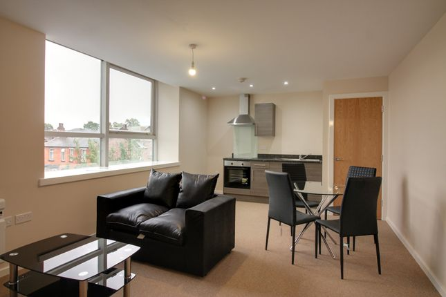 1 bed flat to rent in Roberts House, 80 Manchester Road, Altrincham, Cheshire WA14