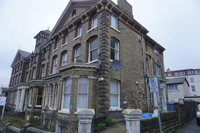 2 bed flat for sale in Ramshill Road, Scarborough