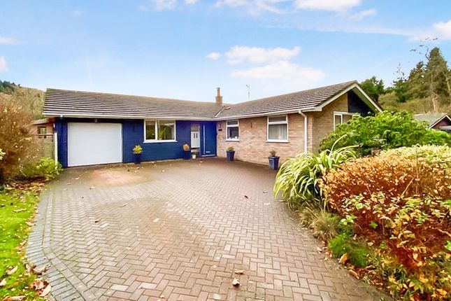 3 bed bungalow for sale in Pentaloe Close, Mordiford, Hereford HR1