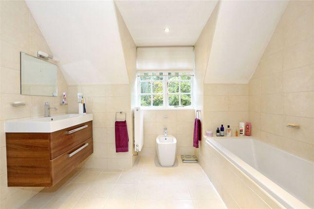Picture No. 21 of Sarratt Lane, Loudwater, Rickmansworth, Hertfordshire WD3