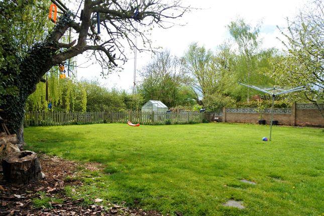 Gardens of Dallygate, Great Ponton, Grantham NG33