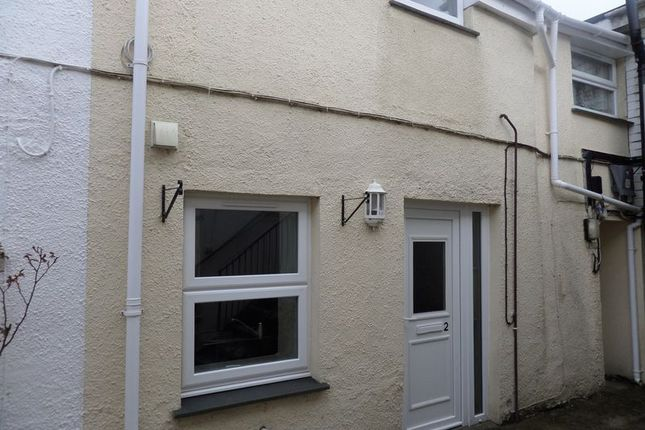 Thumbnail Flat to rent in The Square, Holsworthy