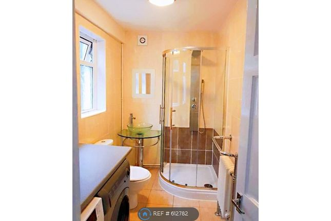 Thumbnail Maisonette to rent in The Oval, Bath