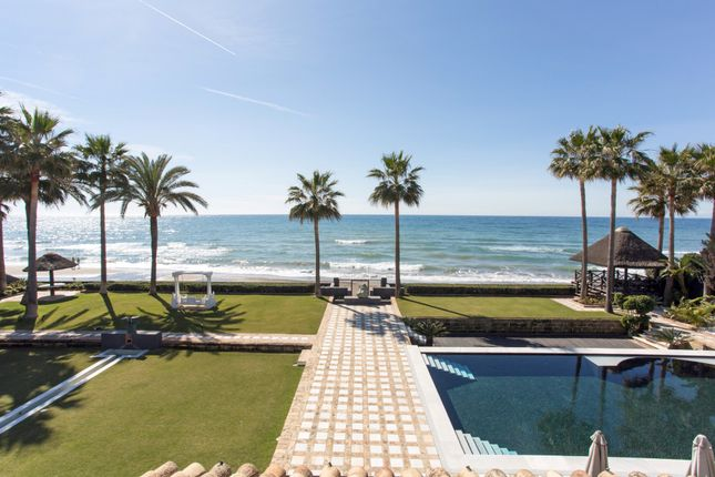 Thumbnail Villa for sale in Los Monteros, Marbella, Malaga, Spain