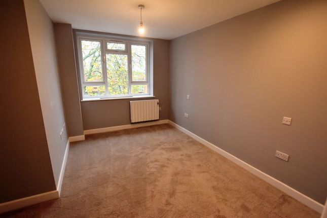 Bedroom of Queensway, Bletchley, Milton Keynes MK2