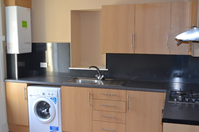 Thumbnail Flat to rent in Springvale Street, Saltcoats, North Ayrshire, 5Lp