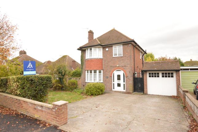 Thumbnail Detached house for sale in Canesworde Road, Dunstable