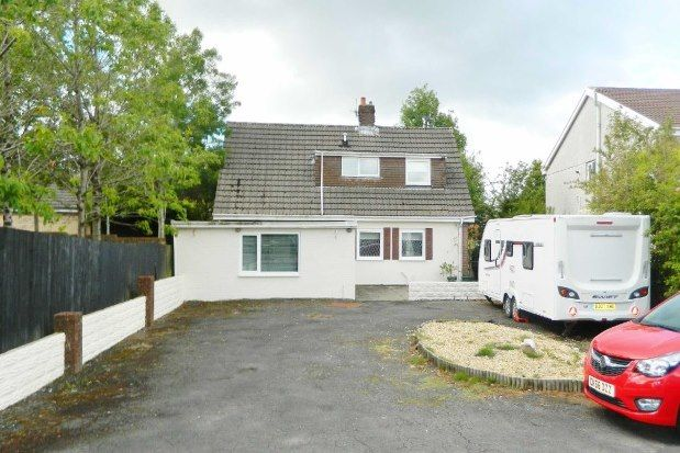 Thumbnail Property to rent in Carmarthen Road, Swansea