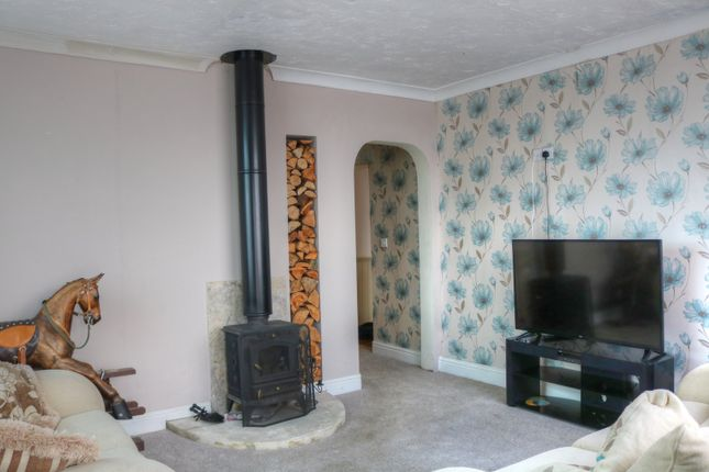 Thumbnail Flat for sale in Coast Road, Bacton