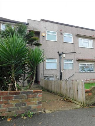 Thumbnail Flat to rent in St. Marks Avenue, Northfleet, Gravesend
