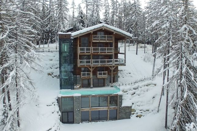 Thumbnail Chalet for sale in Crans-Montana, Valais, Switzerland