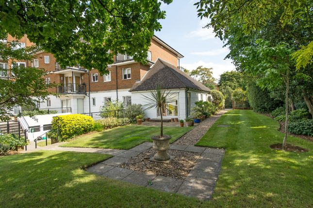 Thumbnail Flat for sale in Marian Lodge, The Downs, Wimbledon
