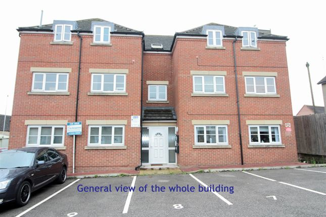 Thumbnail Flat for sale in Palace Gate, High Street, Irthlingborough