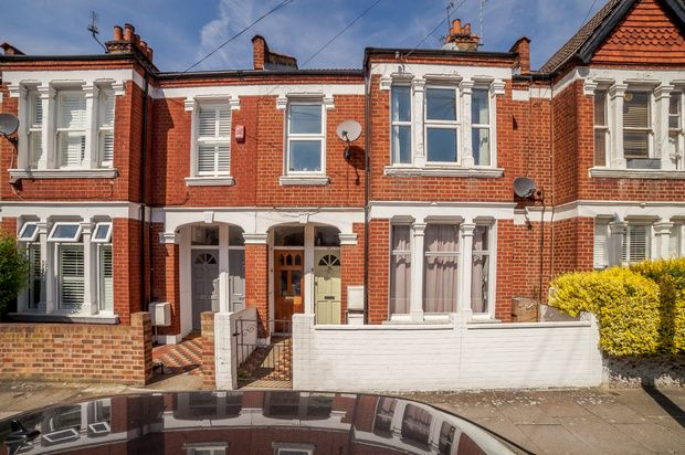 Homes to Let in Quinton Street, London SW18 - Rent Property