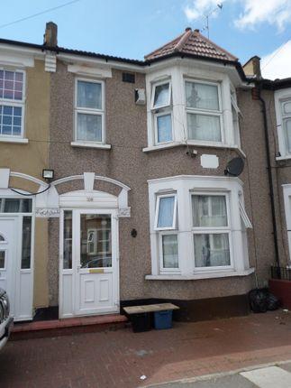 5 bed terraced house to rent in Highbury Gardens, Essex