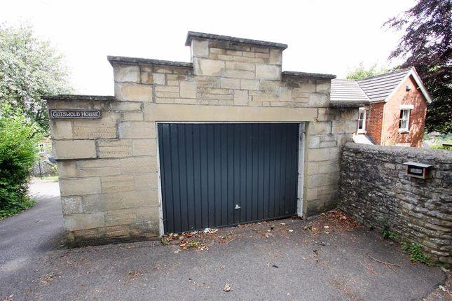 Garage of Brimscombe Hill, Brimscombe GL5