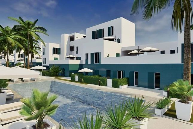 Apartment for sale in Dehesa De Campoamor, Alicante, Spain