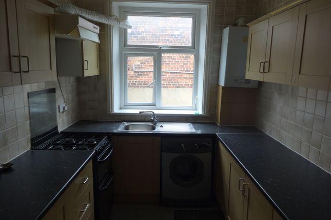 Thumbnail Flat to rent in Park Road, Batley