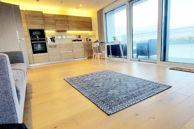 Thumbnail Flat for sale in Hampton Apartments, Royal Arsenal Riverside