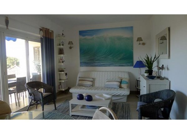 2 bed apartment for sale in 83700, St Raphael, Fr