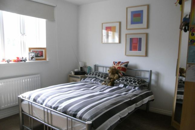 Bedroom 2 of The Locks, Pottery Lane, Woodlesford LS26