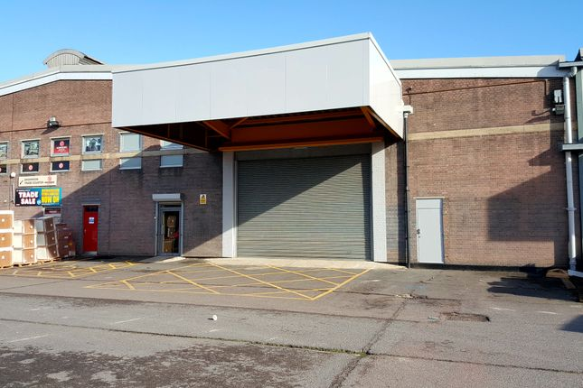 Thumbnail Industrial to let in Unit 2, Meridian Trading Estate, Lombard Wall, Charlton, London