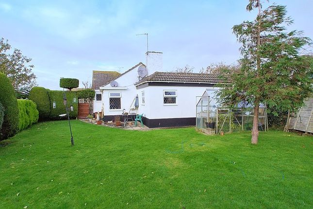 2 bed bungalow for sale in Elizabeth Close, Rose Green