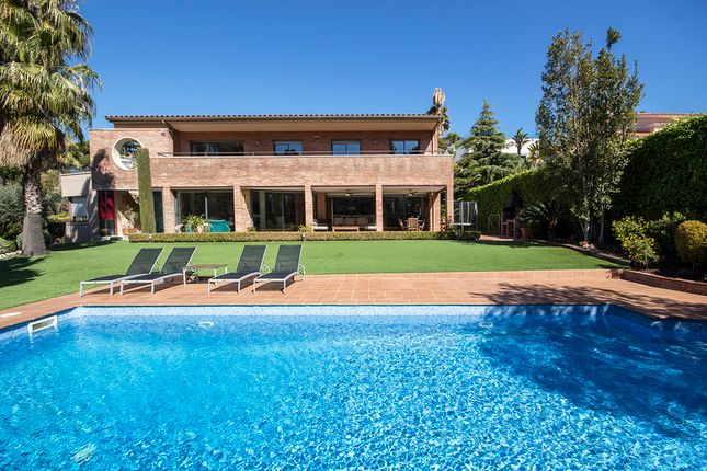 Villa for sale in Teia, Barcelona, Spain