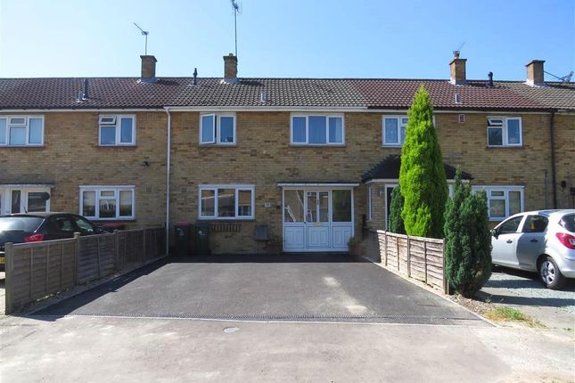 Thumbnail Property to rent in Beeches Crescent, Crawley