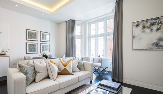 Thumbnail Terraced house to rent in Green Street, Mayfair