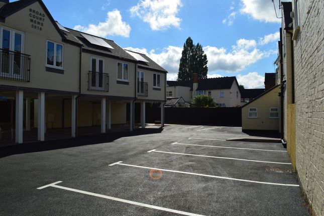 Thumbnail Flat to rent in Broad Court Mews, Bridgtown, Cannock