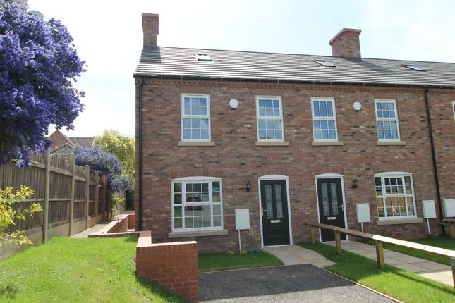 Thumbnail Town house for sale in Station Road, Thirsk