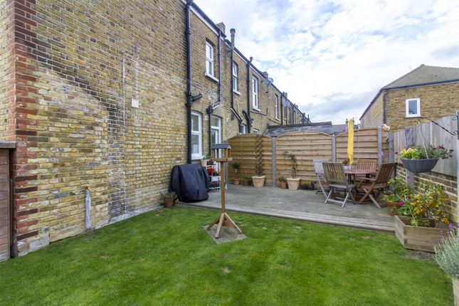3 bed end terrace house for sale in napleton road ramsgate ct11 45416605 zoopla