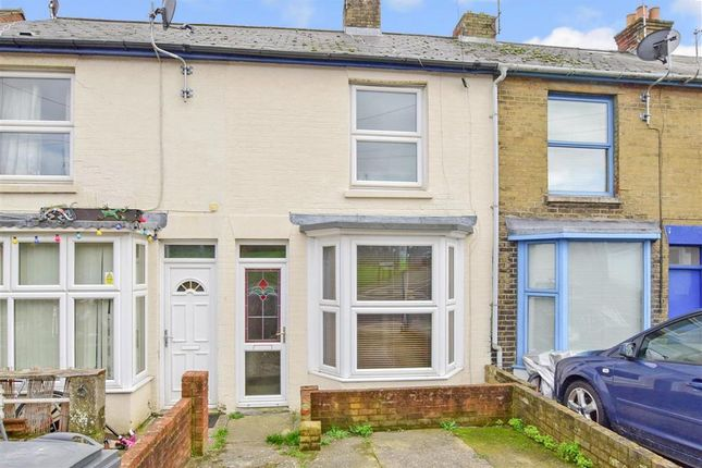 Thumbnail Terraced house for sale in Arctic Road, Cowes, Isle Of Wight