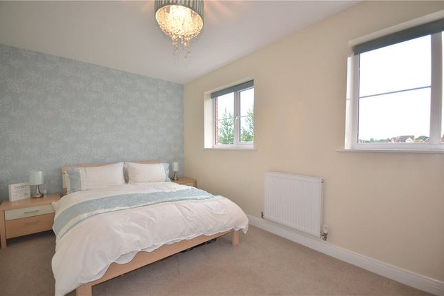 Bedroom of Sparrowhawk Way, Bracknell, Berkshire RG12
